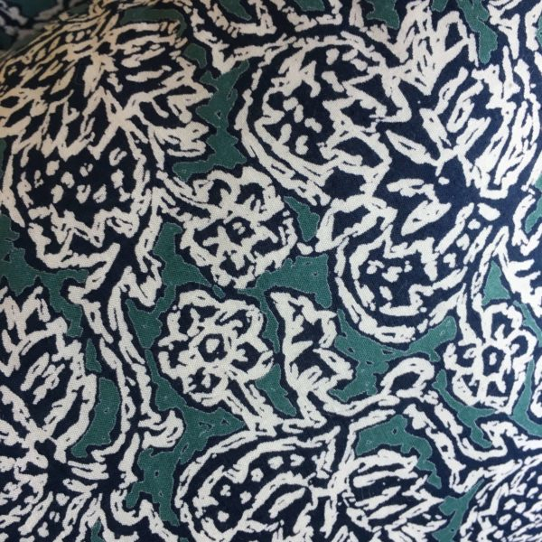 IMG_5534creation-couture-femme-déco-coussin-liberty